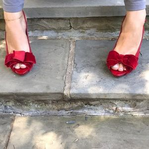 Banana Republic red heels with bow